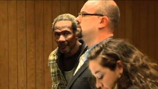 Video: Hawk beating suspect in court