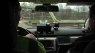 POLICEJNÍ PASSAT LOVIL ŘIDIČE