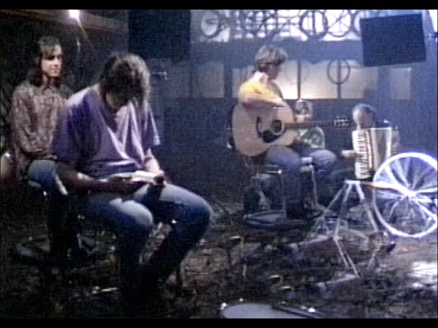 Making The Video - Kiss Me You Fool 1990-10-22