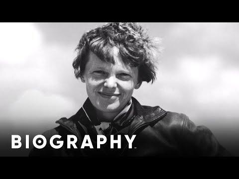 Amelia Earhart - Mini BIO