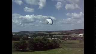 preview picture of video 'Gleitschirmfliegen in Berthelsdorf 23.06.2012'