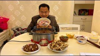 【山藥村二牛】火锅鱼这样吃真过瘾,一条3斤草鱼,一顿就吃完了