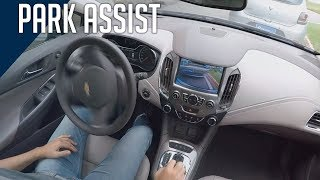 Chevrolet Cruze LTZ: Park Assist (Resumido)