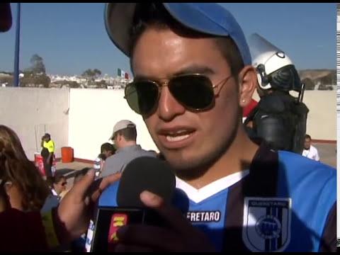 """""""El color del Gallos Blancos vs Atlas J8 Clausura 2013"""" Barra: La Resistencia Albiazul • Club: Querétaro"""