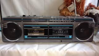 Realistic SCR-32 Vintage Radio BoomBox GhettoBlaster