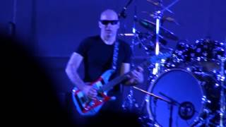 Joe Satriani amazing solo with Mike Keneally live at Palapartenope Naples