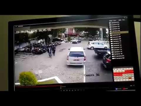 CCTV.. Detik - detik Kecelakaan di area parkir depan Bank BRI Madiun hari ini