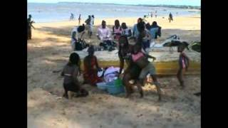 preview picture of video 'Catembe village and beach in Maputo'