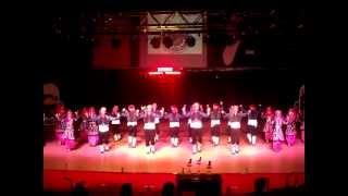 preview picture of video 'İnegöl Belediyesi Halk Dansları Topluluğu'nun İlk Gösterisi'