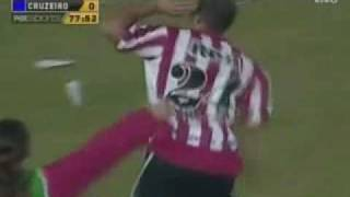 preview picture of video 'Estudiantes de La Plata 4 X Cruzeiro 0 (Libertadores 2009)'