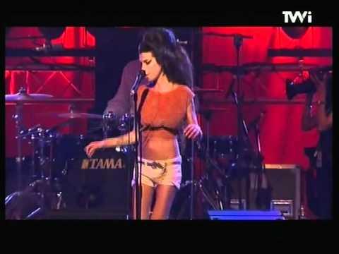 Amy Winehouse - You Know I'm No Good {Live Benicàssim 2007}