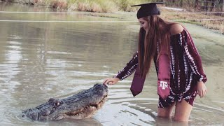 Texas College Student Takes Graduation Photos With Giant Alligator