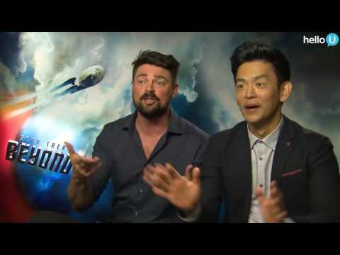John Cho and Karl Urban learn about Five Guys