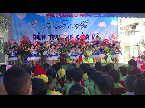 Tiết mục múa: Hân hoan em đến trường của các bạn lớp MGL