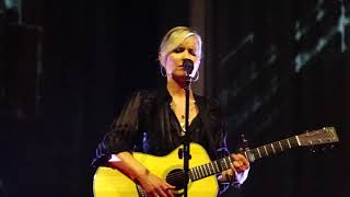 Dido - Grafton Street - Prague 2019