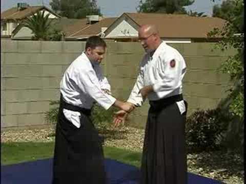 Mune Tsuki Waza: Intermediate Aikido Techniques : Mune Tsuki Shodo-O-Seisu: Intermediate Aikido Techniques