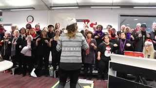 preview picture of video 'Woolwich Singers - Jingle Bell Rock'