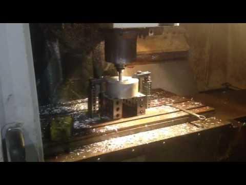 DAEWOO MYNX 500 VERTICAL MACHINING CENTER