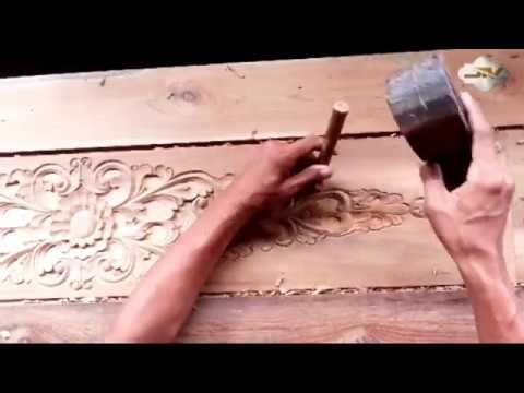 membuat pintu ukir kayu jati