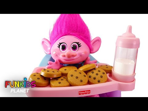 Trolls Poppy High Chair & Cookies and Milk With Paw Patrol