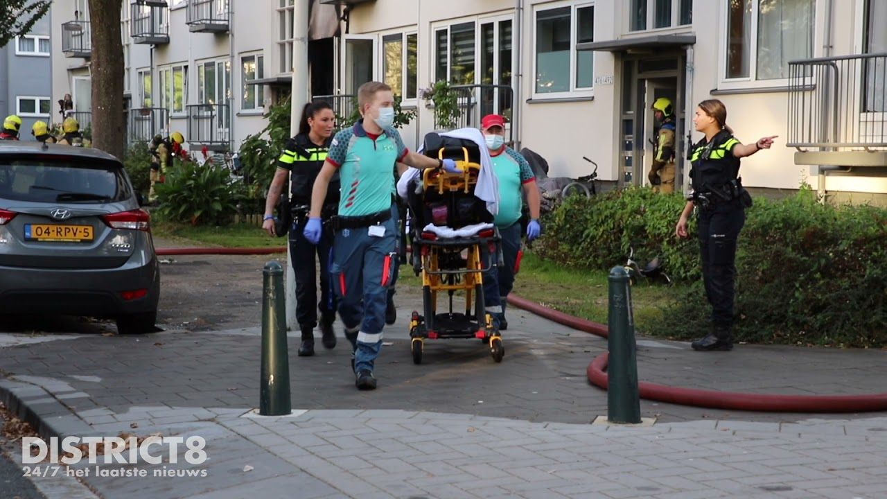 Woning verwoest door uitslaande brand Maartensdijklaan Den Haag