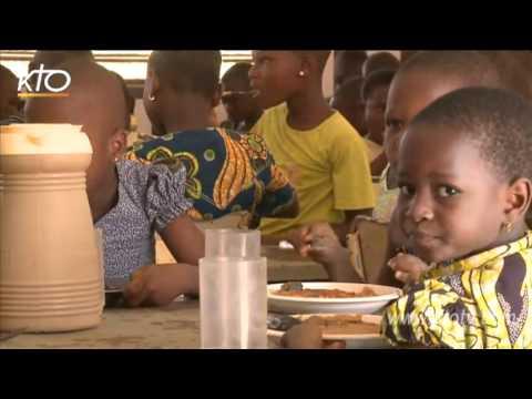 Enfance missionnaire : au service de l'éducation