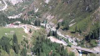 preview picture of video 'Almaty from bird's (paragliding) perspective'