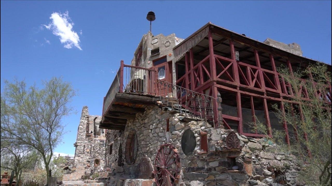Tour Mystery Castle
