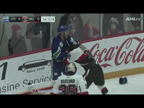 Hubert Labrie vs. Justin Bailey