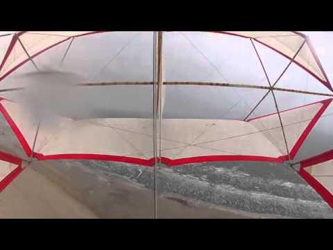 Regulierdrachen bei  Windstärke fünf bis sechs
