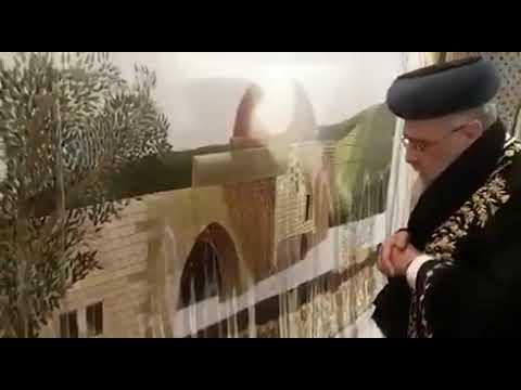 תיעוד: הגר''י יוסף ב'מי שברך' בקבר רחל