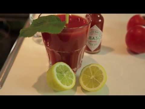 Das Mineralwasser mit der Zitrone für die Abmagerung die Rezepte