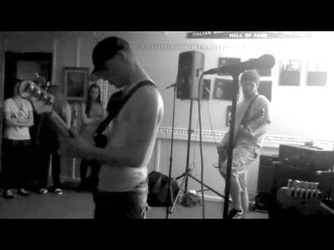 Roots In Stereo - Banana Apple/Closer - Sea Isle City, NJ 2011