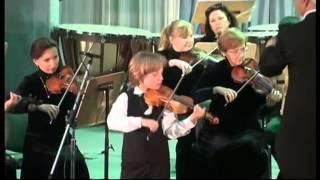 Edward Yudenich plays the violin