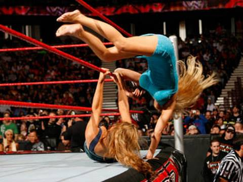 "Download Raw: Divas Red Carpet ""Dress to Impress"" Battle Royal HD Mp4 3GP Video and MP3"