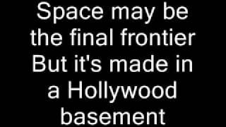 Gambar cover Red Hot Chili Peppers-Californication Lyrics