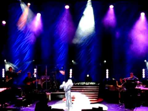 Elaine Paige UK Tour 2011 - Encore - With One Look