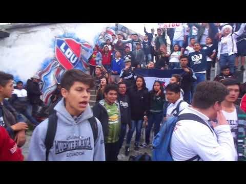 """""""FESTEJOS MUERTE BLANCA"""" Barra: Muerte Blanca • Club: LDU"""