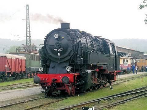 Von Bergköniginnen und Harzkamelen: Lokomotiven im Harz - ein funktionierendes Dampfuniversum