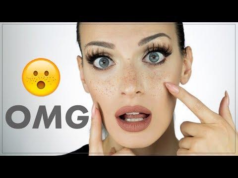 La faccia nutriente fa i bagagli e i pacchi di faccia di decolorazione