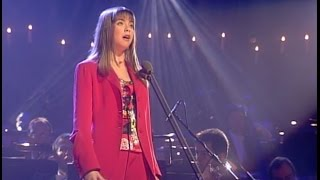 "Charlotte Church: ""In Trutina"" (1998). Latin lyrics, English translation, subtitles."