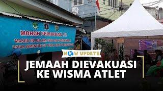 39 Jemaah Masjid Jami Kebon Jeruk Dievakuasi ke Wisma Atlet untuk Isolasi