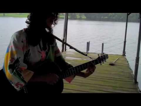 Megan Light singing Waste it all away