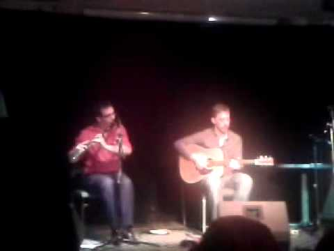 Matt Dean Flute and whistle. (Traditional Irish) Tom Wards Downfall and The popadom reel