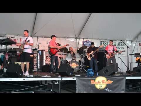 Rock Radio Band (Ohio) performs SqueezeBox by the Who