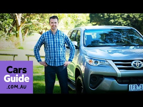 2016 Toyota Fortuner GX auto review | Top 5 reasons to buy video