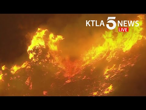 Evacuations ordered as Apple Fire chars 900 acres north of Beaumont