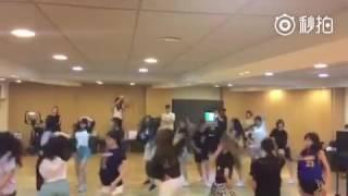 SNH48 - Little Apple & Gentleman Rehearsal