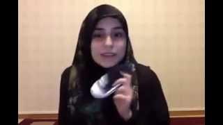 فتاة سورية توجه الحذاء لمؤيدي العدوان على اليمن