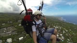 preview picture of video 'Session Parapente à la Réunion (Saint-Leu - Parapente Réunion)'